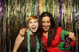 How Much Does It Cost To Rent A Photo Booth Photo Booths For Events Rentals With Props Pixilated