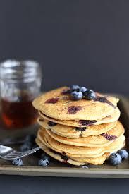 healthy blueberry pancakes tworaspberries
