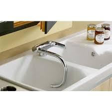 robinet escamotable cuisine les robinets rabattables pratiques et esthétiques