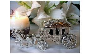 carriã re mariage boite à dragées carrosse mariage thème princesse mariage