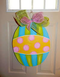 Wooden Decorations For Easter by 71 Best Wooden Door Hangers Easter Images On Pinterest Wooden