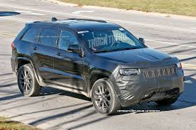 jeep summit blue refreshed 2017 jeep grand cherokee spied
