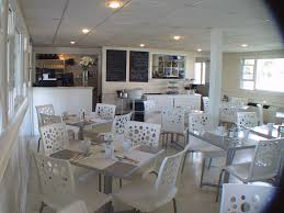 cafe three seasons resort