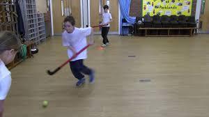 floor hockey unit plan primary pe lesson plan ideas for teachers hockey halfway pass