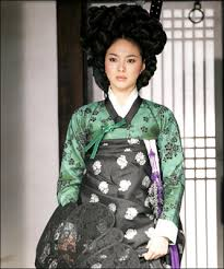 korean haristyle and hanbok Images?q=tbn:ANd9GcSfajbJYbYGU0gz0uL6Ko2Uz_PmriA7KNNn6Vf-LIRuWlqvtB7SYQ