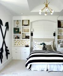 Teen Girls Room Gray Striped Walls Black And White Bedding - Bedrooms ideas for teenage girls