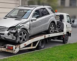who is at fault in a car accident involving a tow truck in texas