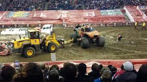 videos of monster trucks crashing monster truck jam crash february 2015 video dailymotion