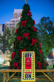 san antonio tree lighting 2017 29 photos from the holiday lighting in travis park slideshows