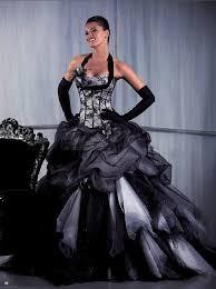 robe de mari e noir et blanc robe de mariee blanc et noir mode en image