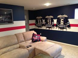 Hockey Teen Bedroom Ideas 20 Best Decorating With Sports Jerseys Images On Pinterest