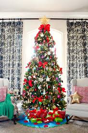 30 most amazing decorated trees for some sparkle