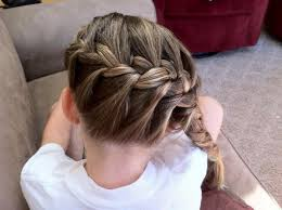 easy hairstyles for school trip 35 easy hairstyles for school you can try today slodive