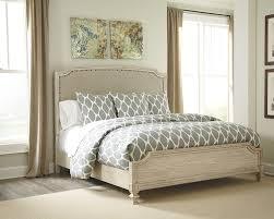 amazon com 4pc solid pine queen size bed complete amazon bedroom set coryc me