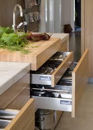 necessaire de cuisine 4 points essentiels pour réussir le design de votre cuisine