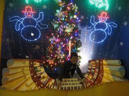 macy u0027s christmas windows display picture of macy u0027s philadelphia