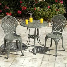 Wrought Iron Dining Room Tables by Gray Wrought Iron Chairs With Curving Back Combined With Round