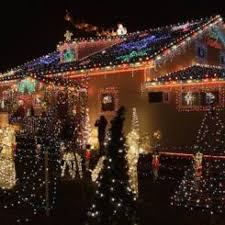 Christmas Decorations For Homes How To Decorate Your House With Christmas Lights