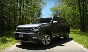 volkswagen atlas r line 2018 volkswagen atlas is unremarkable and too firm says consumer