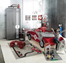 chambre garcon theme voiture déco chambre d enfants les lits à thème lit voiture courses
