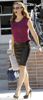 Jennifer Garner   GOOD   Pinterest   Jennifer o neill  Jennifer garner and  Legs