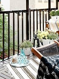 balkon metall balkon matte holz fliesen metall geländer balkon