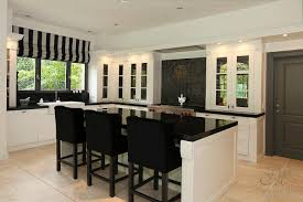 Small Kitchen Designs With Island Kitchen Layouts With Island Small Kitchen Remodel Before And After