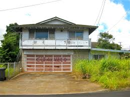 ugly abandoned property in your hawaii neighborhood