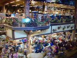 thanksgiving day shopping started early at bass pro shops