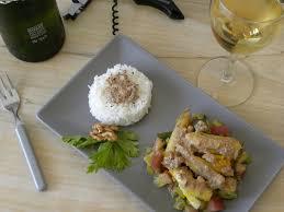 par quoi remplacer le vin jaune en cuisine vadrouilles gourmandes curry de lotte aux noix et au vin jaune