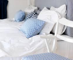 Small Bedroom Vs Big Bedroom Ways To Make A Small Bedroom Look Bigger