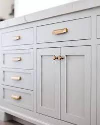 kitchen cabinet hardware ideas 2020 29 catchy kitchen cabinet hardware ideas 2020 a guide for