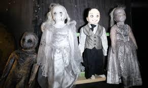 watch honolulu staffers walk through the u201cnightmares live u201d haunted