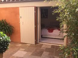 chambre d hote le lavandou chambres d hôtes vue collines chambres le lavandou