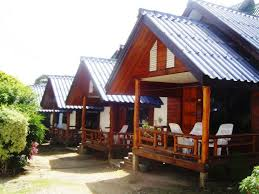 haad rin hill bungalow thailand booking com
