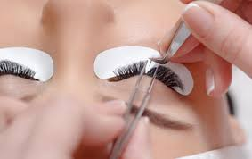 professional eyelash extension lashforever canada specializing in lash brow and beauty