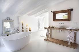 aménager une salle de bains sous les toits travaux
