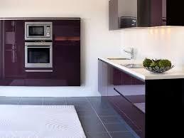 küche lila farben in der küche so wird die küche bunt tipps wandtattoo de