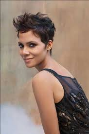 back view of halle berry hair halle berry pixie cuts halle berry pixie pixie hair and pixie cut