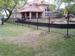 a small fence company serving austin texas