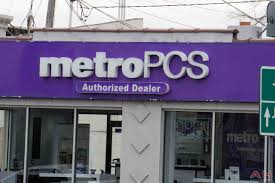 metropcs announces 4 unlimited lines for 100 free phones