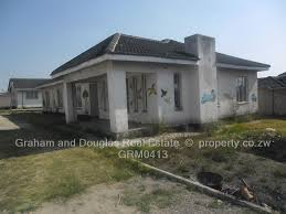 4 bedroom house for sale in chipukutu zimre park property co zw