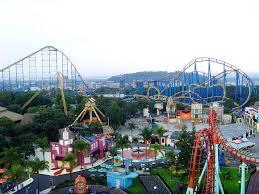 Toro Six Flags Six Flags Prohíbe La Entrada A Personas Con