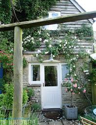 a delightful holiday in the cotswolds with manor cottages the