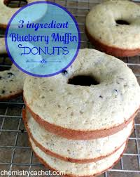 easy 3 ingredient blueberry muffin donuts