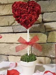 Valentine S Day Heart Decor by 16 Best Valentine Table Setting Images On Pinterest Friendship
