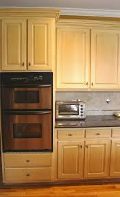 Refinish Kitchen Cabinets White Best 25 Refinish Kitchen Cabinets Ideas Only On Pinterest