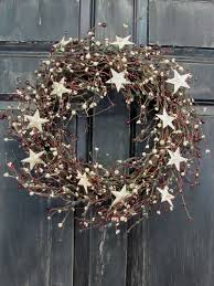 25 christmas wreaths decorate your outdoors and offer an inviting
