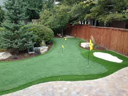 How To Make A Putting Green In Backyard Nice Design Backyard Putting Greens Exciting 1000 Ideas About