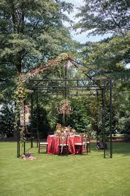 English Garden Pergola by Garnet Equestrian Theme Wedding Inspiration Southern Bride And Groom